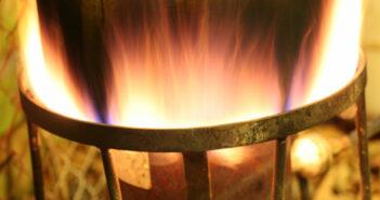 Brenner reinigen und Ölfilter wechseln