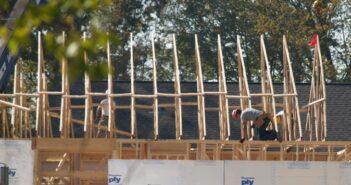 Konstruktionsvollholz: Abmessungen und Material