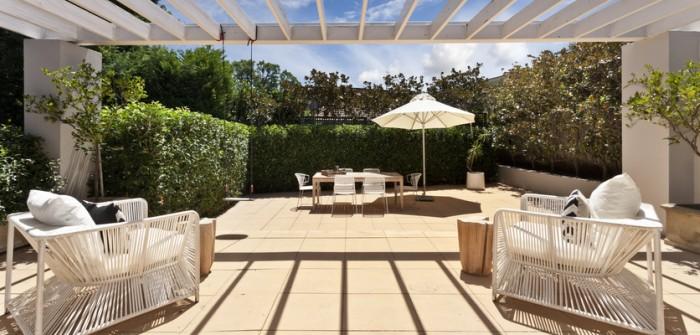 Terrassenbau & -pflege: diese beiden Tipps zu Bau, Pflege und Reinigung sollten Sie kennen