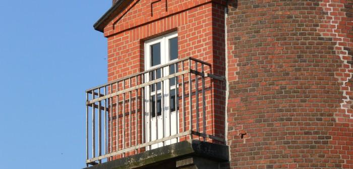 10. Eckig und rund - aussagekräftige Kontraste am Turm