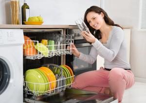 Die Spülmaschine hilft nicht immer beim Lösen von Etiketten - Sie ist aber immer einen Versuch wert, denn sie arbeitet ohne unser Zutun. Oftmals siegt die Faulheit über das Etikett!  (#4)