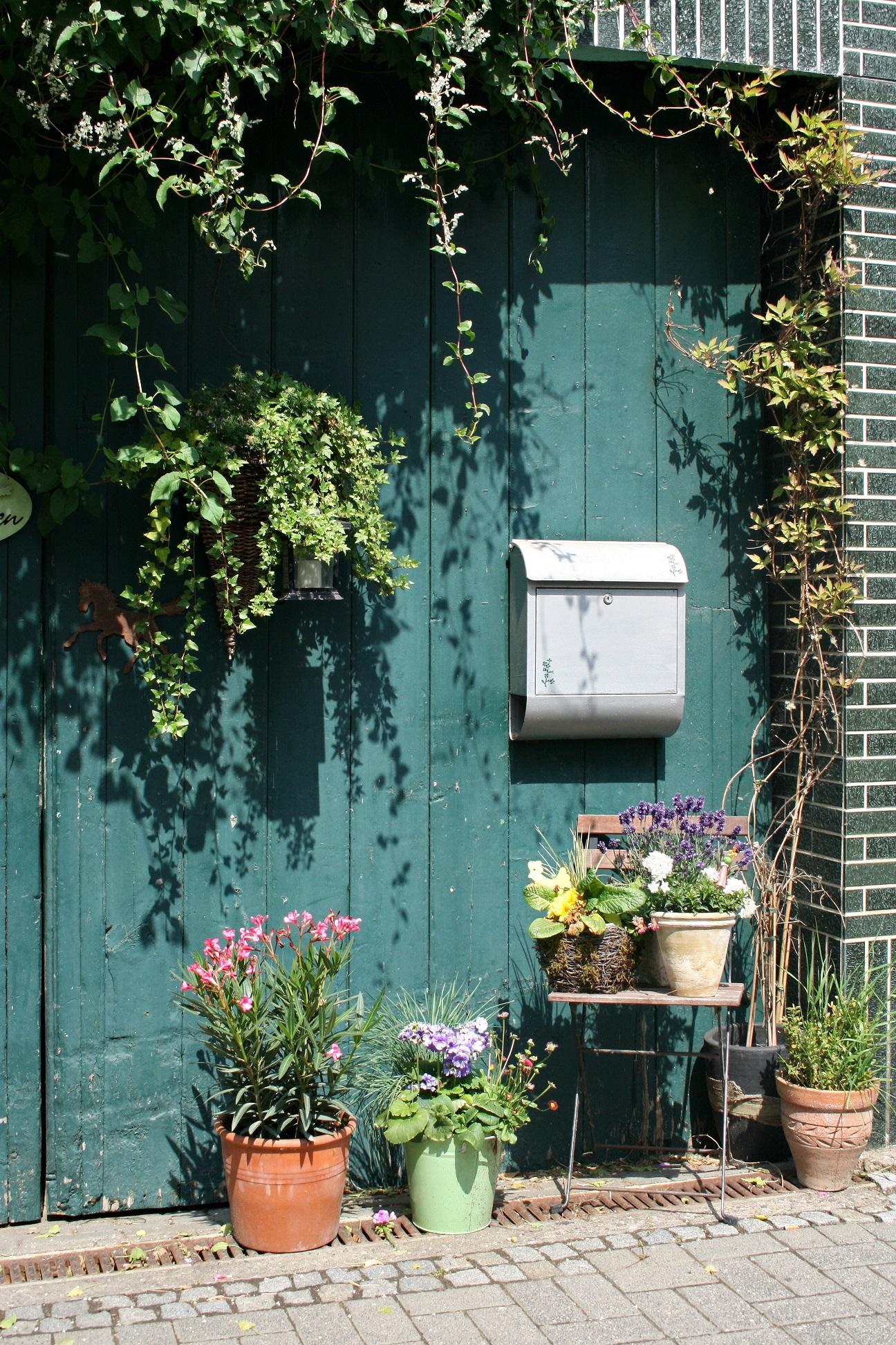 Wer In Seinem Garten Nicht Nur Mit Pflanzen Highlights Setzen Möchte, Kann  Auch Mit Dekorationen