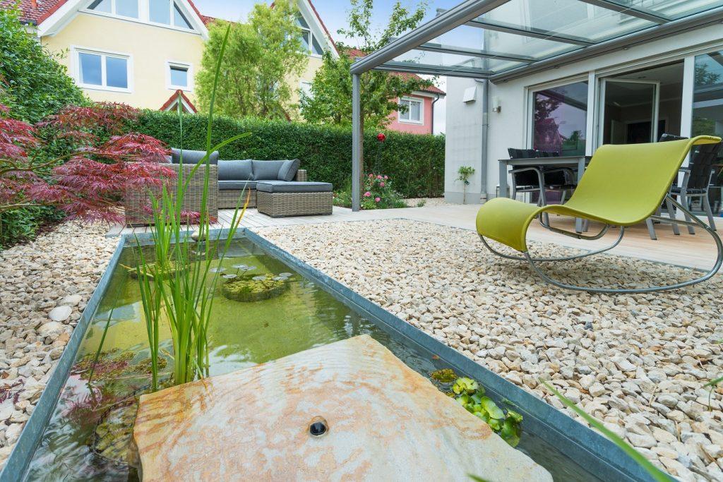 Die Gestaltung eines kleinen Gartens muss besonders strukturiert erfolgen, um den bestehenden Platz bestmöglich zu nutzen. (#04)