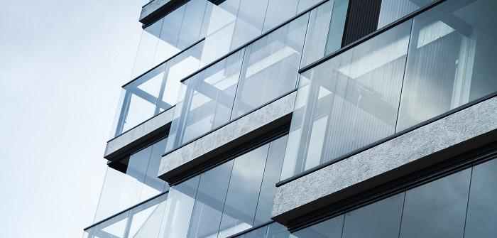 Gut gemocht Balkonverglasung: Praktisch, schick und genehmigungspflichtig! BX54