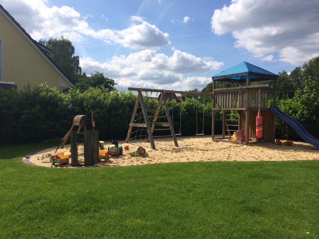Privater Spielplatz ein Traum eines jeden Kindes oder eben für die die Kind geblieben sind