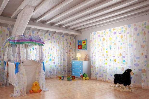 Das Zimmer für einen Jungen muss nicht unbedingt Blau sein, ebenso wenig wie das für ein Mädchen Rosa sein muss. Wichtiger ist, dass die Wandfarbe eine angenehme Atmosphäre verbreitet. (#01)