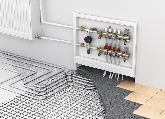 Gerade wenn es um die Installation einer Heizung geht, sind viele Bauherren unsicher: Soll eine Flächenheizung installiert werden oder doch lieber traditionelle Heizkörper an den Wänden? (#01)