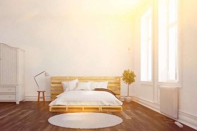 Ist die Planung soweit abgeschlossen, dass man weiß, welches Bett man erschaffen möchte und welche Maße nämliches haben soll, geht es ans Einkaufen … oder Sammeln. - Ja, sammeln. Neben dem Erwerb von Brettern und Baumaterialien aus dem Baummarkt der Wahl, besteht auch die Möglichkeit, sich sein Traumbett aus gesammelten Materialien zu bauen. (#03)
