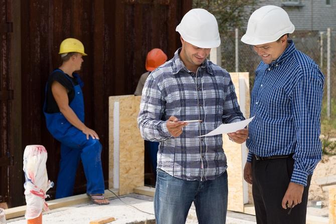 Die Liste der Unterschiede bei einem Massivhaus und einem Fertighaus ist lang und beginnt schon bei der Planung der Häuser. Da es sich bei einem Massivhaus um ein individuell geplantes Haus handelt, das durch einen Architekten zusammengestellt wird, ist hier mit höheren Kosten zu rechnen. (#04)