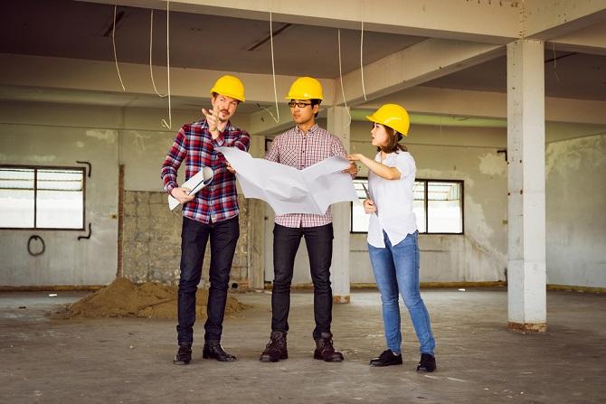 Bei der Planung von einem Fertighaus ist nicht so viel Zeitaufwand notwendig, da die Häuser bereits standardisiert sind. Das heißt, der Unternehmer muss nur einmal die Planungskosten tragen, die Bauherren können dann aus den verschiedenen Varianten wählen. (#05)Bei der Planung von einem Fertighaus ist nicht so viel Zeitaufwand notwendig, da die Häuser bereits standardisiert sind. Das heißt, der Unternehmer muss nur einmal die Planungskosten tragen, die Bauherren können dann aus den verschiedenen Varianten wählen. (#05)