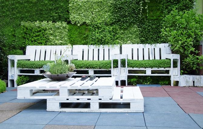 Auch Sitzmöbel Können Sie Mit Ein Bisschen Geschick Selbst Gestalten. Dazu  Eignen Sich Holzpaletten Sehr