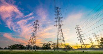 Steigende Stromkosten verunsichern Kunden – Versorger ziehen an
