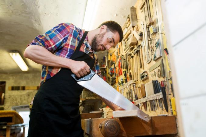 Ein beliebtes und gängiges Model beim Holz sägen ist der sogenannte Fuchsschwanz. (#3)
