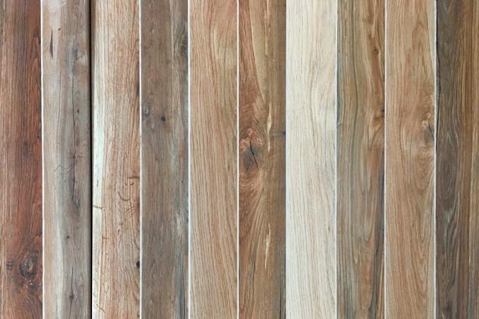 Holzarten unterscheiden sich nicht nur in Farbe und Maserung, sondern auch in Struktur und in der Verarbeitungsweise. (#1)