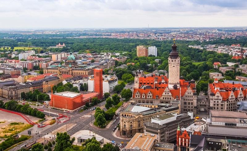 In Leipzig liegen die Preise sogar noch etwas höher. Zwar ist dies noch lange nicht vergleichbar mit dem Spitzenreiter München. Hier kostet der Quadratmeter in sehr guter Lage immerhin 6.900 Euro. (#01)