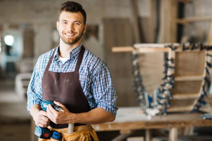 Ein Werkzeuggürtel erleichtert die Arbeit ungemein - man hat alles was man benötigt direkt am Mann. (#7)