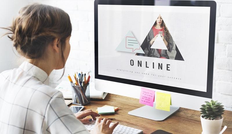 Im Gegensatz zu so einer standardisierten Seite haben professionelle Webdesigner die Möglichkeit, eine individuelle Homepage zu erstellen und genau an das Angebot der Handwerker anzupassen. (#01)
