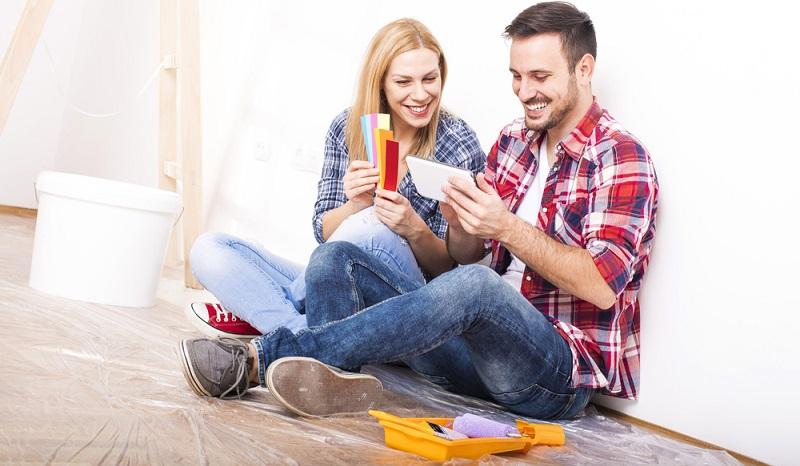 Bei kräftigen Tönen, wie Rot, Orange oder auch Gelb, wird im Körper eine Reaktion ausgelöst. Sie können erheiternd oder auch aufbauend wirken. (#01)