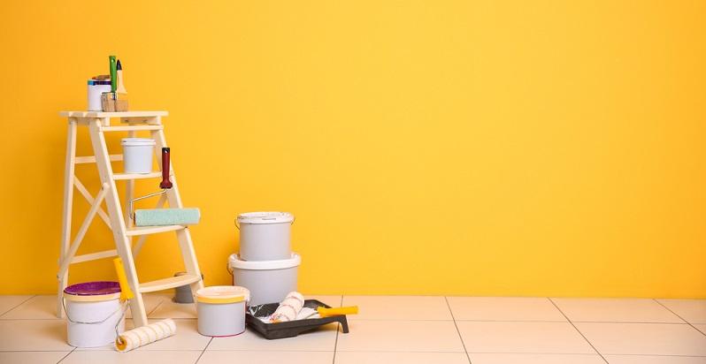 Richtig malern ist mit der passenden Vorbereitung gar nicht so schwer. Auch dann, wenn man nicht so viel Übung hat, lässt es sich umsetzen. (#04)