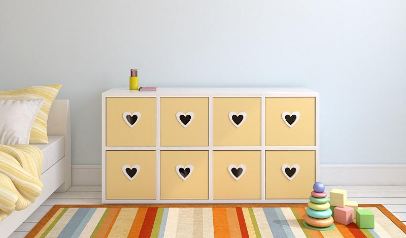 Ikea Hacks für Regale: Als Basis eignet sich ein weißes Kallax-Regal mit zwei mal vier Fächern. Das hat die perfekte Höhe. (#01)