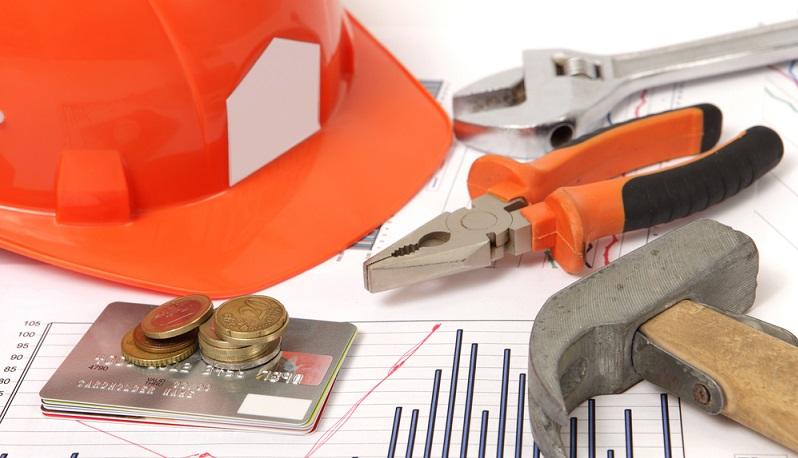 Abhängig von der Situation können die Sanierungs- und Renovierungsarbeiten sehr teuer werden. (#04)