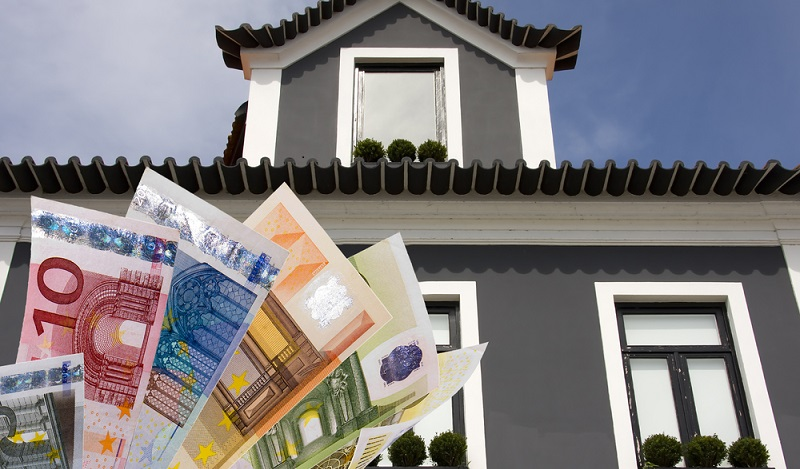 Sowohl das Finanzamt als auch Gutachter greifen deshalb vor allem auf drei normierte Verfahren bei der Wertermittlung von Immobilien zurück. (#01)