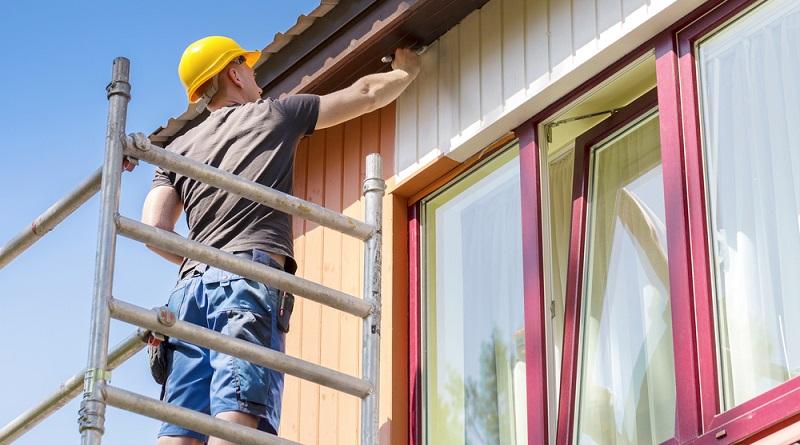 Historisch günstige Zinsen bieten Haus- und Wohnungseigentümern aktuell sehr gute Konditionen, um notwendige Sanierungsmaßnahmen durchzuführen. (#06)