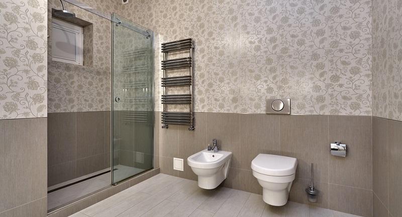 Das Thema Duschen mag selbsterklärend wirken, tatsächlich bedarf es jedoch bei dieser vermeintlichen Nebensache einiges an Wissen, um Fehler zu vermeiden und größtmögliche Gesundheit und persönliche Hygiene zu erreichen. (#05)