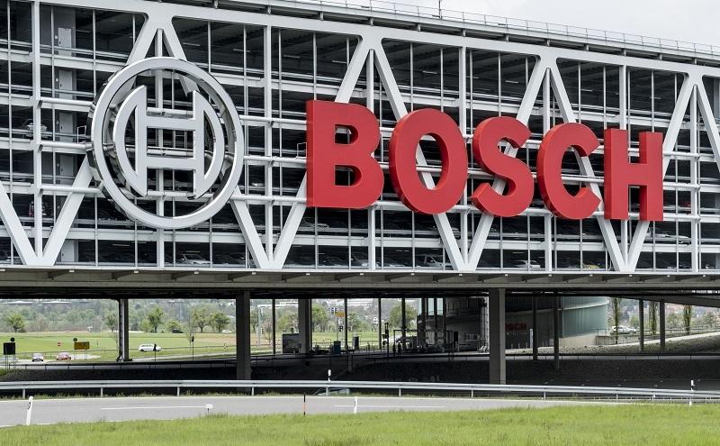 In einer Umfragestudie vom Dähne Verlag und von dem Unternehmen Konzept & Markt führten 43 % der gewerblichen Handwerker Bosch als bevorzugten Hersteller auf. (#01)