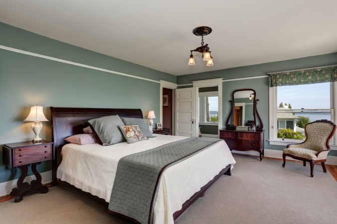 Bettgestelle aus Holz sind eine stabile Grundlage für perfekte Betten. Ganz egal, ob ein Bettgestell für Boxspringbetten oder normale Betten - mit Holz liegt man immer richtig! (#6)