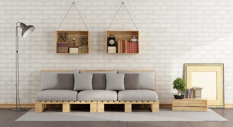 Welche Sitzhöhe? Wie groß soll das gesamte Möbel werden? Soll es eine normale Form erhalten oder über Eck gehen? Wer sich ein Sofa aus Paletten fertigen möchte, der sollte sich das vorher fragen. (#05)