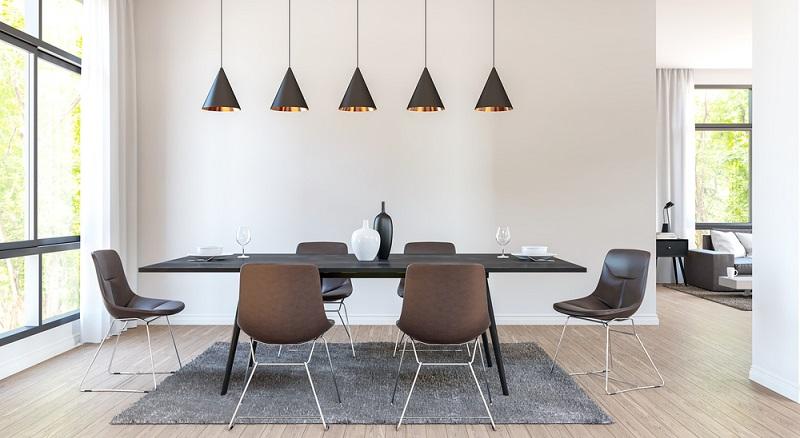 Pendelleuchten stellen die klassische Form der Beleuchtung dar. Wenn sie jedoch einfach nur in der Zimmermitte angebracht werden, verliert sich das Licht und sorgt daher nicht für einen ansprechenden Beleuchtungseffekt.