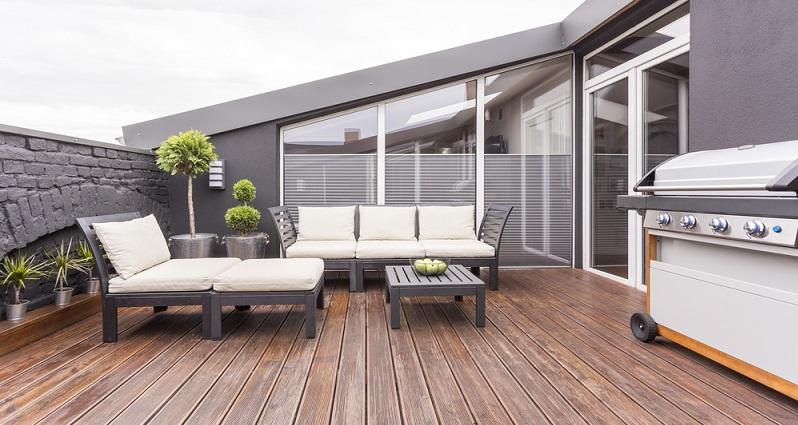 Planen Sie eine Terrasse unbedingt groß genug ein, denn kaum etwas ist ärgerlicher, als wenn Sie zwar einen tollen Sitzplatz gebaut haben, dieser aber zu klein ist. (#02)