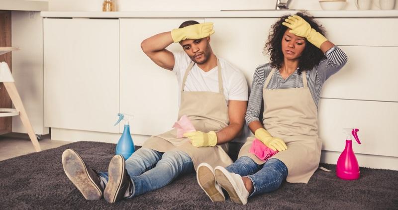 Das grundlegende Übel liegt darin, dass Hausarbeit von vielen Menschen immer noch nicht als anstrengende und wichtige Arbeit gewürdigt wird. (#05)