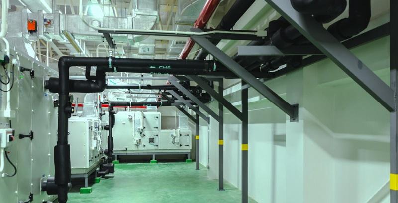 Blockheizkraftwerke nutzen einen Verbrennungsmotor, um gleichzeitig Strom und Wärme zu erzeugen.