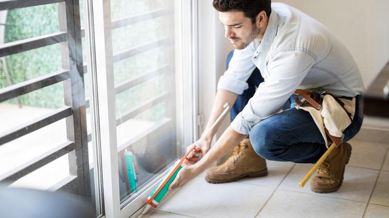 Richtig heizen bedeutet auch, dass man die Heizenergie bestmöglich nutzt und verhindert, dass Wärme entweicht.