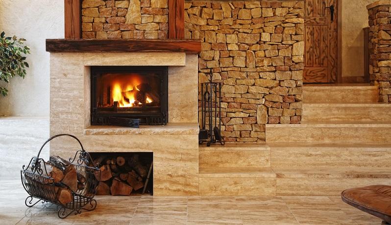 Doch anders als bei früheren Heizungsvarianten wird Holz als Brennstoff heute sehr effizient genutzt, die Holzscheite verbrennen gut und die gespeicherte Energie steht in umfassender Menge zur Verfügung.