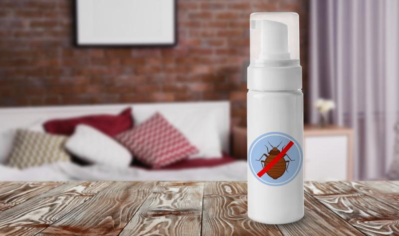 Mit chemischen Insektiziden sollte man bei der Bekämpfung der Bettwanzen im Schlafzimmer sparsam umgehen. (#04)