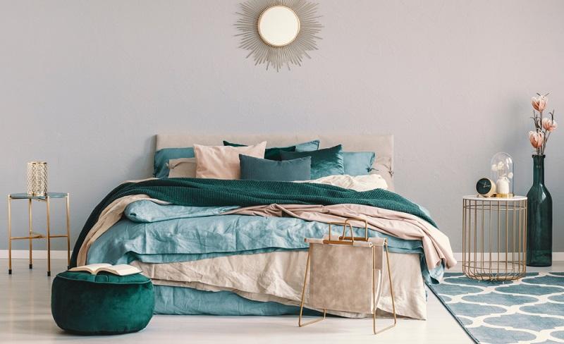 Seit einigen Jahren entscheiden sich immer mehr Menschen dafür, ein Boxspringbett zu kaufen. Diese Betten bieten einen besonders hohen Liegekomfort, denn sie sind in drei Schichten aufgebaut.
