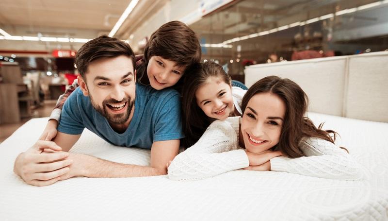 Wir verbringen mehr als ein Drittel unseres Lebens im Bett und die Qualität des Schlafs hat entscheidenden Einfluss darauf, ob wir morgens fit und erholt aufwachen.
