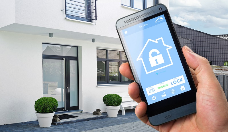 Moderne Technologien ermöglichen, neue Formen der Zutrittskontrolle zu installieren, bei denen nicht der Schlüssel, sondern Fingerprint-Systeme oder eine App die Schließberechtigungen regeln. Smart Home ist die Bezeichnung für ein digital vernetztes Haus, das sicherheitstechnisch mit moderner Digitaltechnik ausgestattet ist.