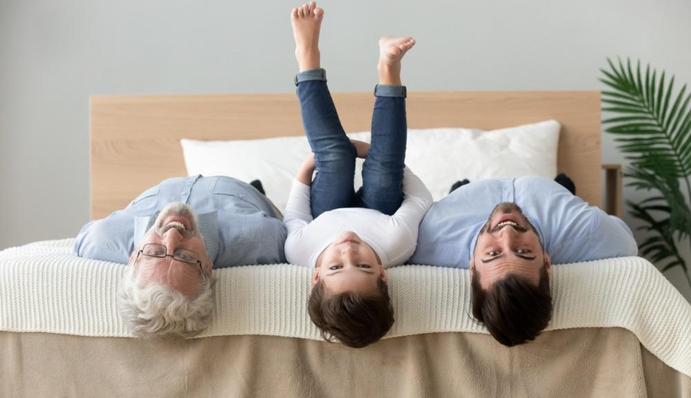 Das richtige Bett darf nicht zu klein sein, muss auf der anderen Seite aber auch ins Schlafzimmer passen.