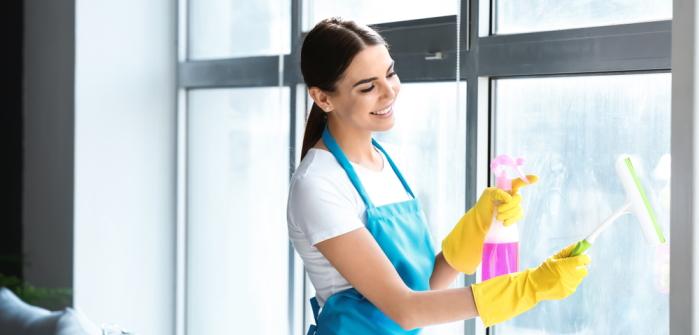 Wie reinigt man Glas? Tipps und Tricks für Dusche und Fenster