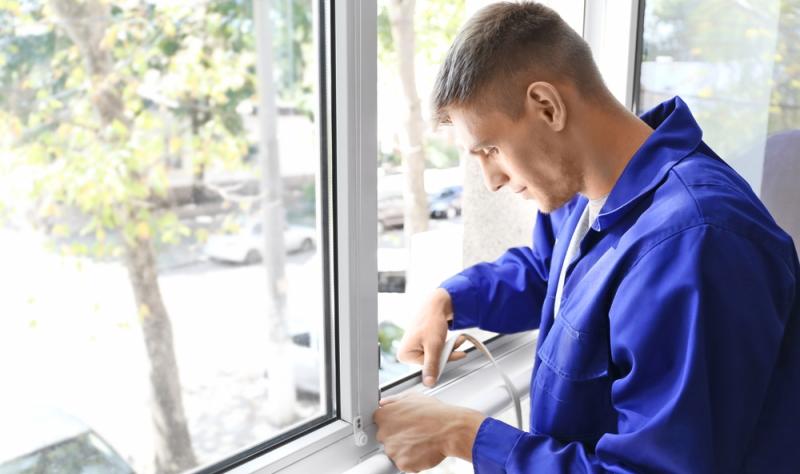 Druckwasserdichte Türen und Fenster schützen bei Hochwasser.