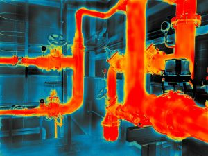 Thermografie im Sommer: Es gibt bestimmte Maßnahmen wie das Dämmen von Heizungsrohren, die grundsätzlich Sinn machen. (#02)