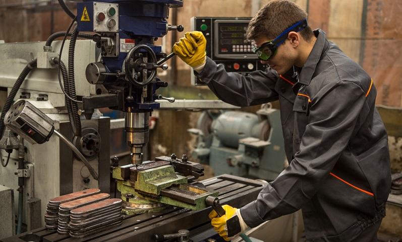 Wer gebrauchte Werkstattausrüstung verkaufen möchte, will dabei in der Regel einen Gewinn erzielen.