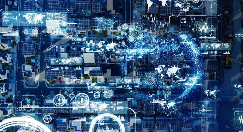 Die PV-Anlagen Display Auswertung ist per Datenlogger und Webservice perfekt organisiert und läuft automatisch? Dann hilft ein Smarthome dabei, die Nutzung weiter zu automatisieren. ( Foto: Shutterstock- metamorworks)