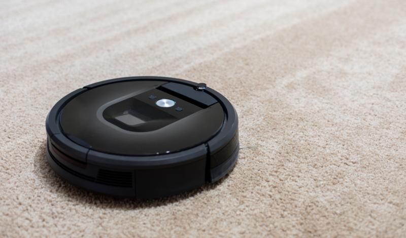 Im Stiftung Warentest Staubsauger Roboter Test 01/2020 erreichte kein Gerät ein SEHR GUT oder GUT. (Foto: Shutterstock - Duntrune Studios)