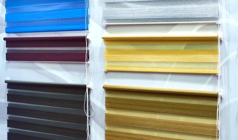 Die Entscheidung steht: Es soll ein Plissee an die Fenster im Haus!  ( Foto: Shutterstock-Borisovstudio )