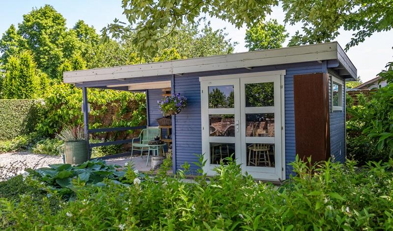 Die Statik wird gerade bei einem Gartenhaus gern vergessen. Dabei spielt sie eine nicht unerhebliche Rolle!  ( Foto: Shutterstock-HildaWeges Photography  )